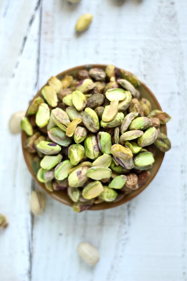 Beautiful, crispy pistachios for pistachio rose water cookies!