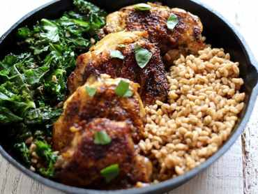 Crispy chicken and kale farro salad recipe