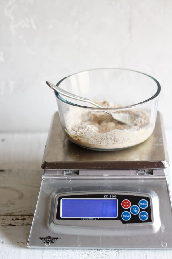 Feeding a sourdough starter with a kitchen scale