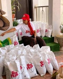 Kannywood Actress Rahma Sadau Sighted Helping The Poor