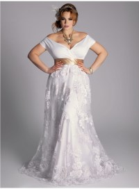 Ten Plus Size Lace Wedding Dresses That You Will Love ...