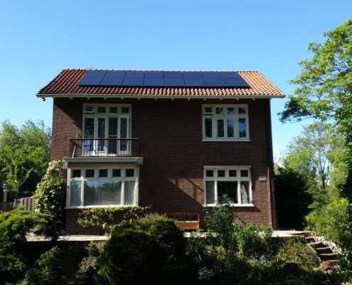 Huis met zonnepanelen in Amsterdam