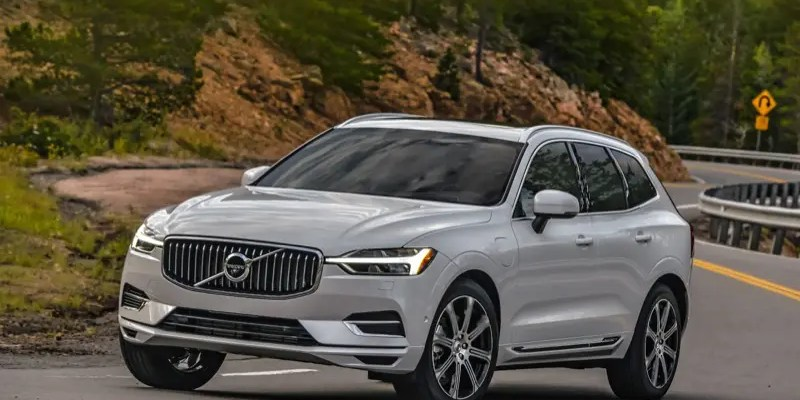 2018 Volvo XC60 T8 E-AWD Inscription. From Boxy to Luxurious…