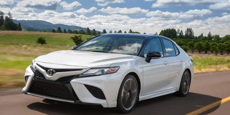 2018 Toyota Camry XSE Sedan.  Camry Goes from Plain to WOW!
