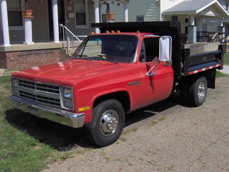 cheap used 4x4 trucks sale