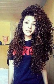 long curly hairstyles 2018