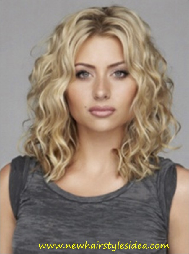 medium curly hairstyles - best curly hairstyles