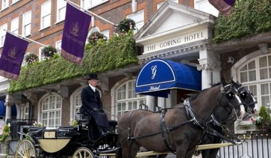 HorsesAndCarriage_652x382 the Goring