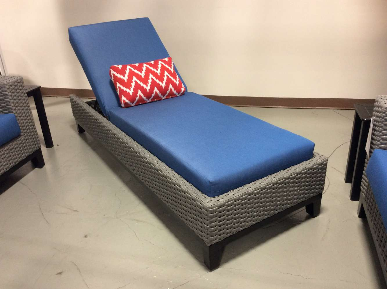 tribeca outdoor chaise lounge chair with regatta blue cushion by cabanacoast