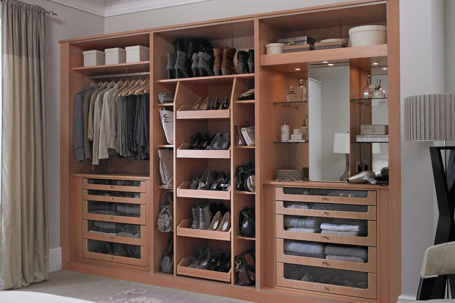 BUILT IN WARDROBES Best Fitted Wardrobe
