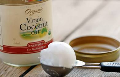 coconut oil kills colon cancer
