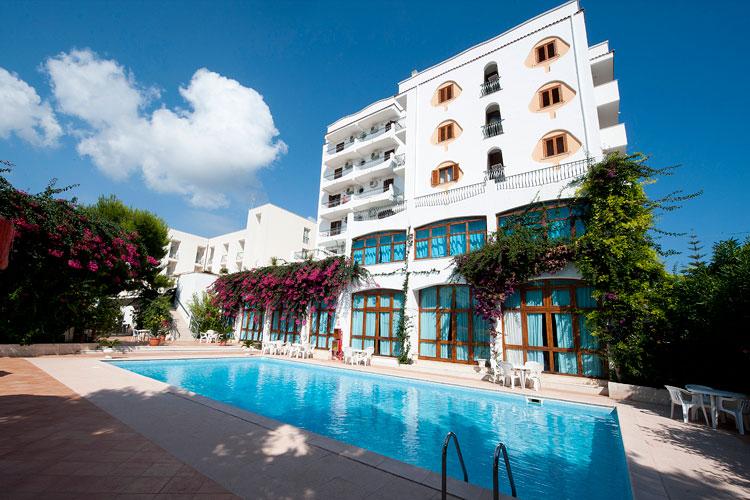 Hotel Degli Aranci 4 Star Beach Hotel In Vieste