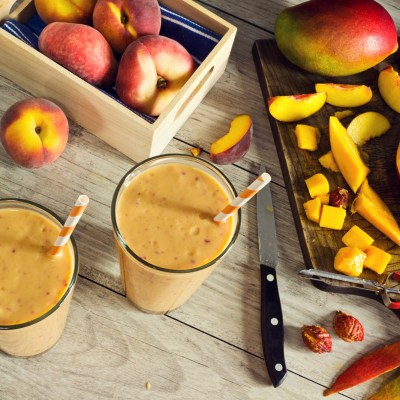 Beat the heat with Peaches + Peach Pie Smoothie Recipe