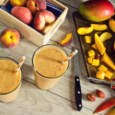 Beat the heat with Peaches + Peach Pie Smoothie Recipe