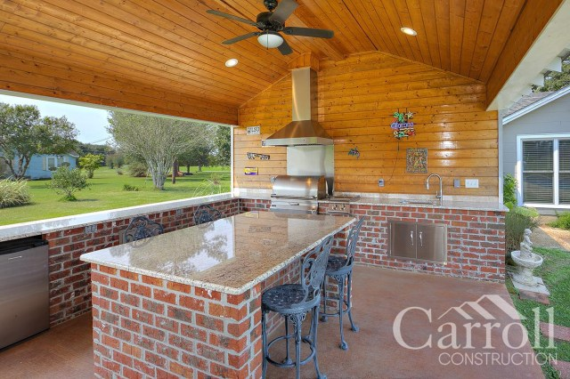 custom outdoor kitchen island - carroll construction   a louisiana