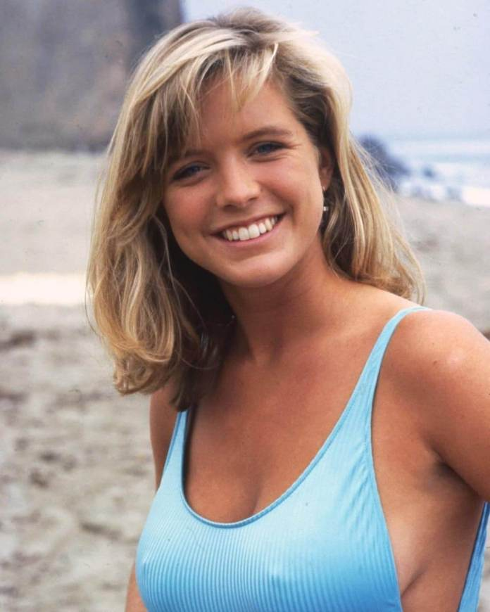 61 Hottest Courtney Thorne-Smith Boobs Pictures Proves She