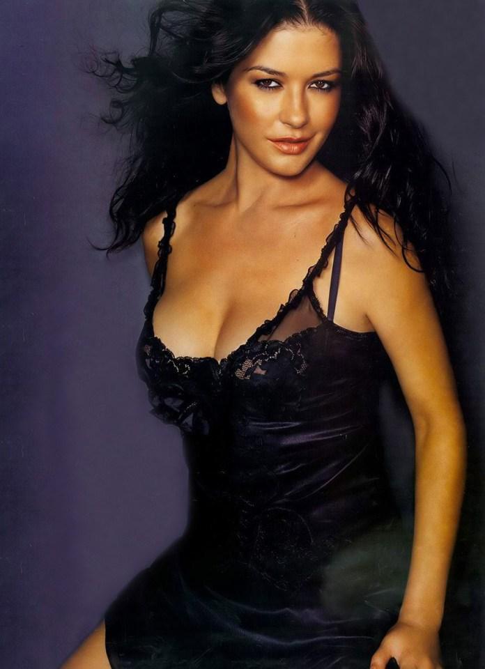 70+ Hot Pictures Of Catherine Zeta-Jones Are Here To Hypnotise You - Best Hottie