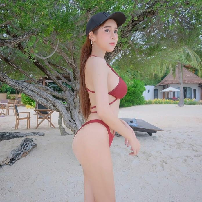 Nookzii Nook Big Boobs Bikini Picture and Photo