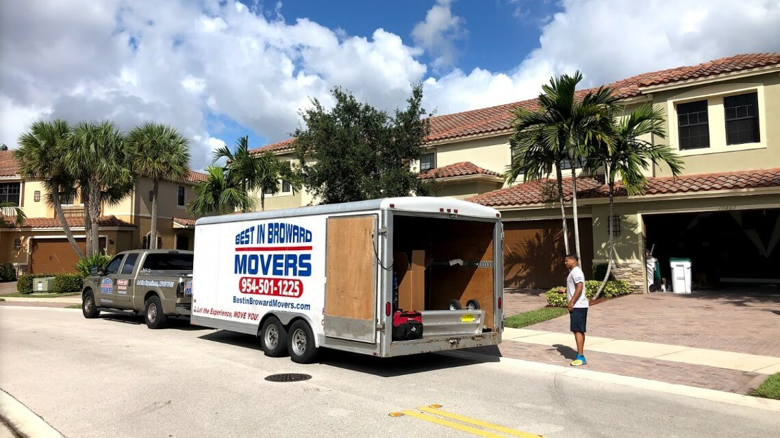 best in broward movers truck and one of their employee