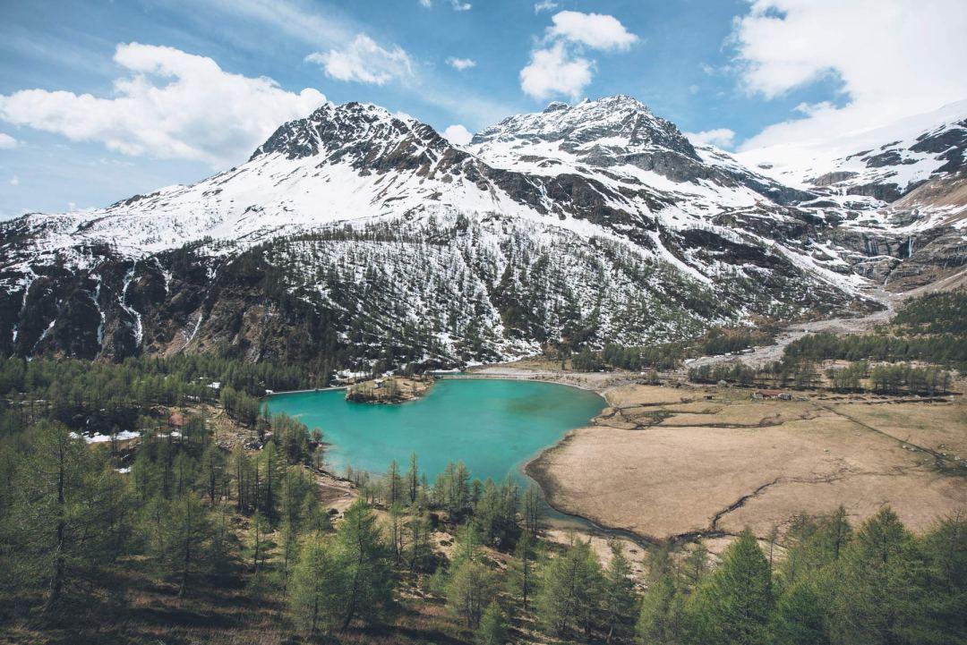 Glacier Palü et son lac turquoise, Suisse