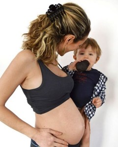 16 weken zwanger buikfoto advocado