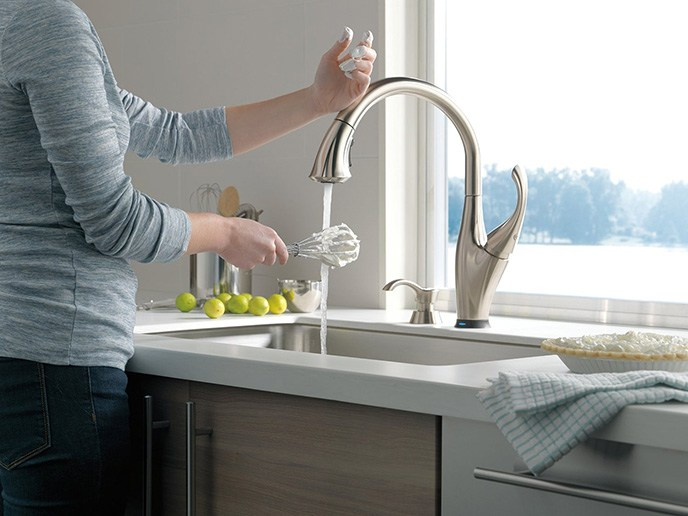 delta touchless kitchen faucet cherry cabinets 9192t review - an amazing faucet!