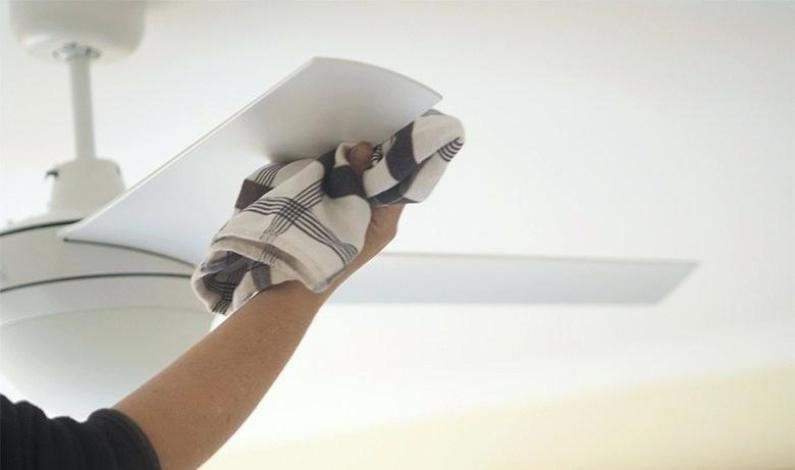 Dirty Ceiling Fans? Here's How to Clean It