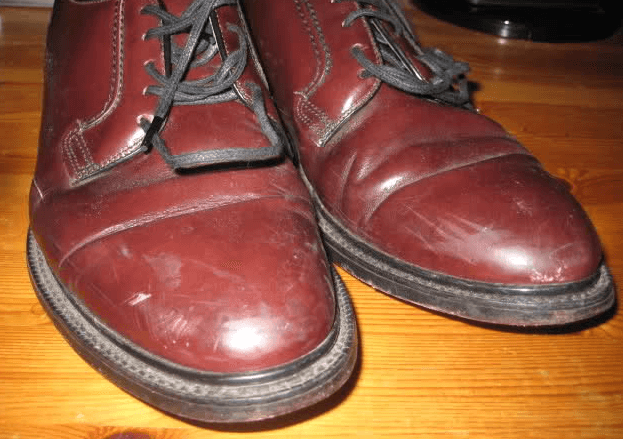 How to Clean Scuffs on Leather Shoes Using Household Items