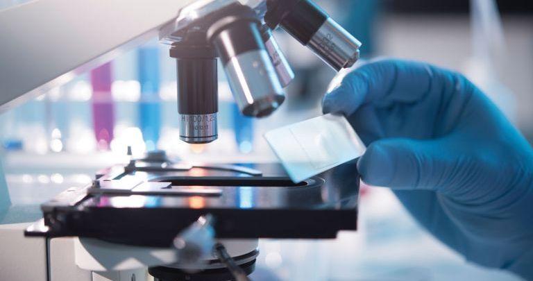 Φαμοτιδίνη: Οι μυστικές δοκιμές και η ελπίδα ότι θα σταματήσει τον κορονοϊό