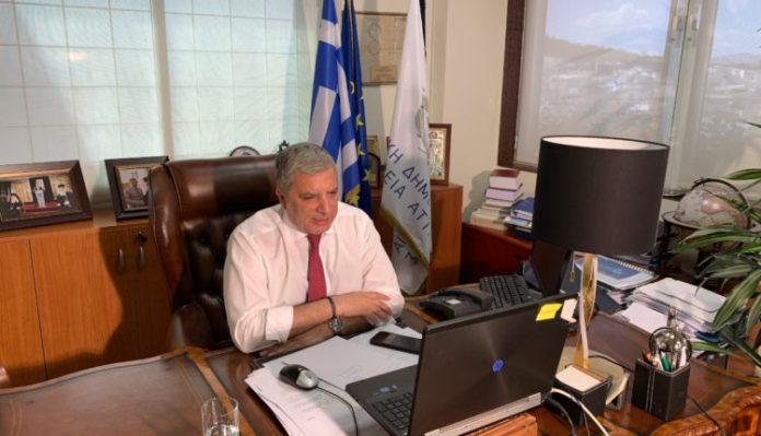Πέντε εκατ. ευρώ στην Περιφέρεια Αττικής για σίτιση και «οχύρωση» με μάσκες και γάντια