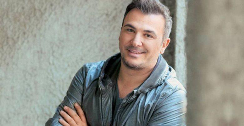 Αντώνης Ρέμος:«Μένουμε Σπίτι» απόψε με τις επιτυχίες του, στις 23.00 στο MEGA