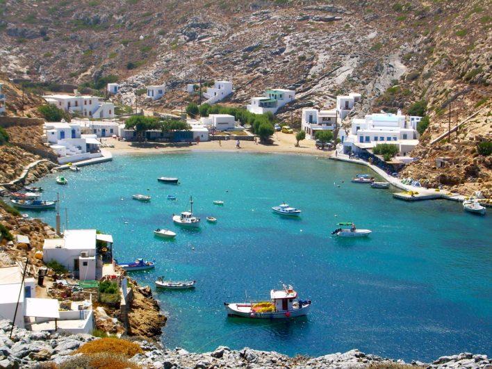 Η Σίφνος, το Κυκλαδίτικο νησί της αρμονίας, δηλώνει έτοιμη να υποδεχτεί τους φίλους της σύμφωνα με το φετινό πλάνο ανοίγματος του τουρισμού!
