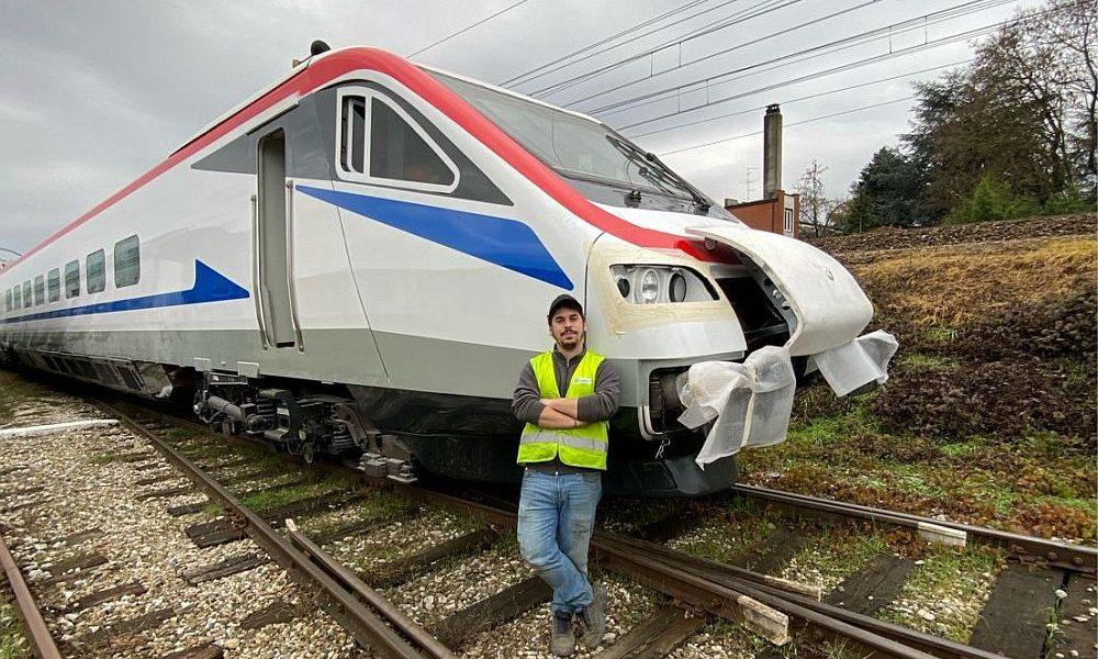 """Στη Θεσσαλονίκη το πρώτο """"Ιταλικό"""" τρένο υψηλών ταχυτήτων (vid)"""