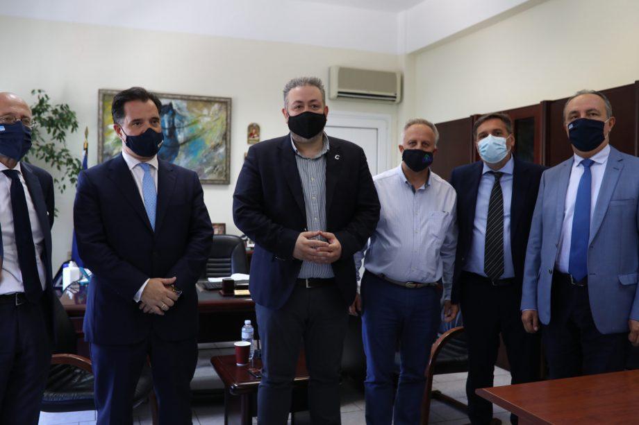 Συνάντηση του Υπουργού Ανάπτυξης με τον Δήμαρχο Ωραιοκάστρου