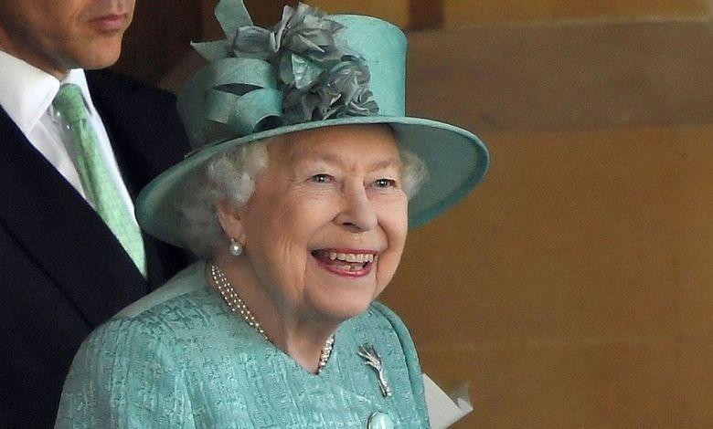 βασίλισσα Ελισάβετ κλάμα