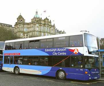 Airlink Bus service between Edinburgh Airport and city centre
