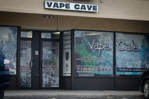 Vape Cave (Gold)
