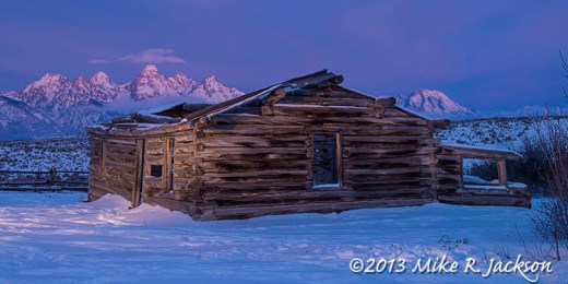 Web Shane Cabin with Lightpainting Dec15
