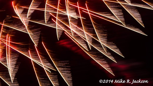 Web_FireworksDetail1_June28