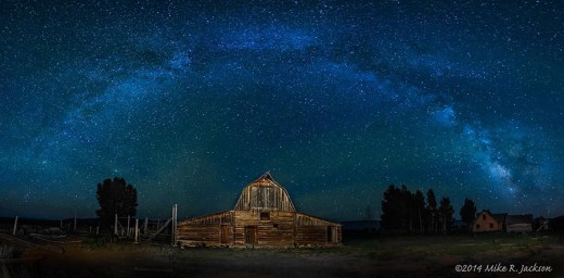 Moulton Barn and Milky Way