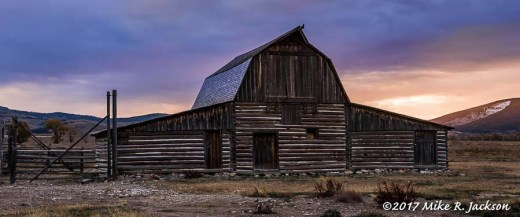 Sunrise Barn