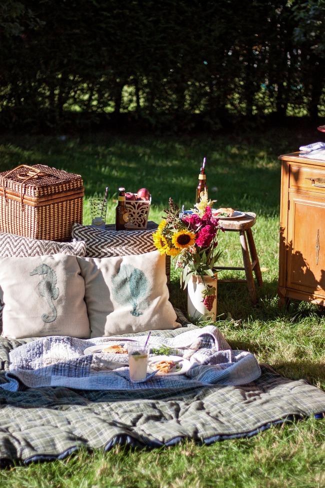 A Fall Harvest Family PIcnic