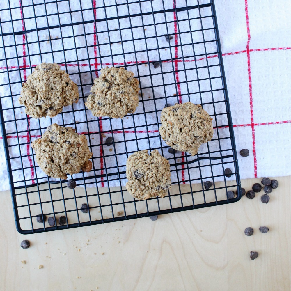 White Bean (YES!) Oatmeal Chocolate-Chip Cookies