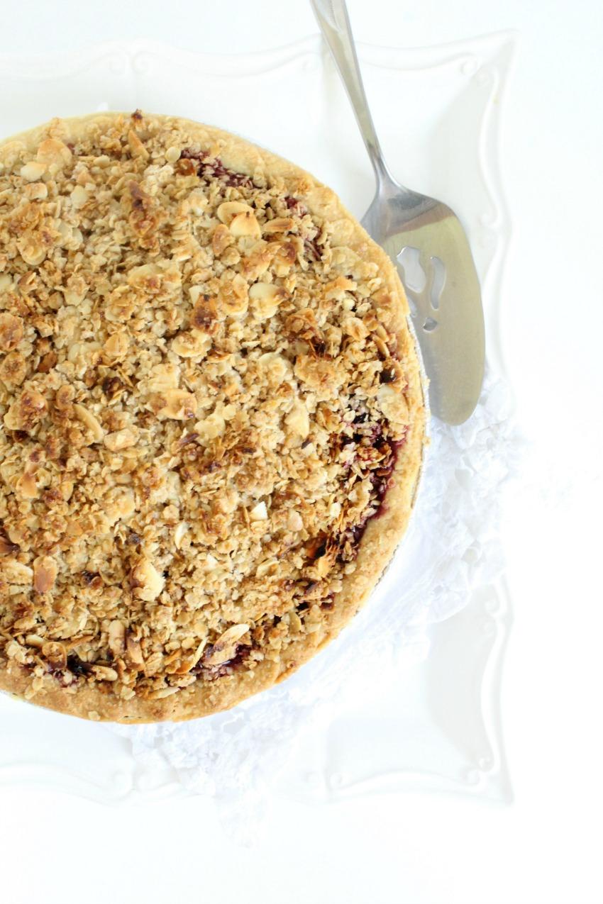 Cherry Crumble Pie