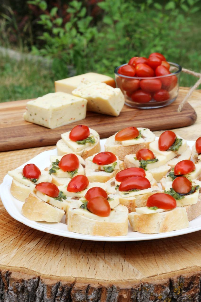 Arla Havarti Tomato Basil Bruschetta bestofthislife.com