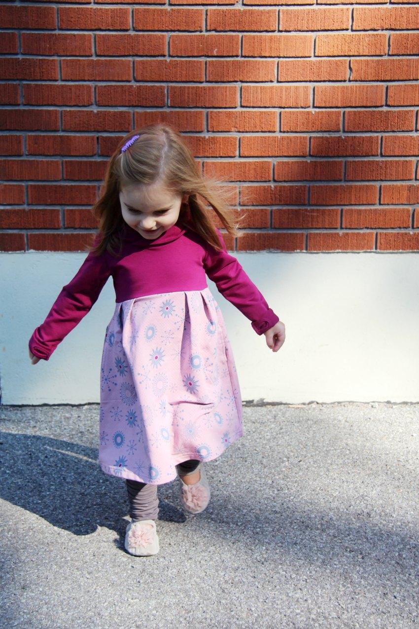 peekaboo-beans-fall-dress