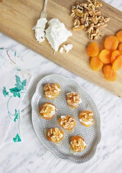 Apricot and Goat's Cheese Hors D'Oeuvres
