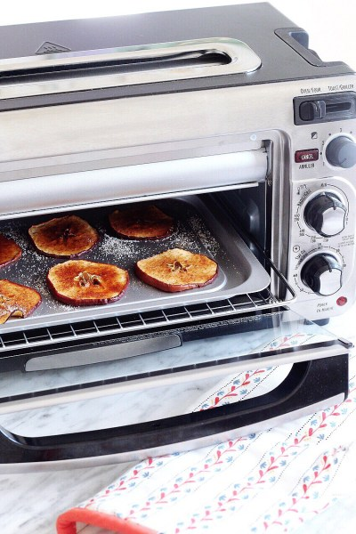 You Can Make Healthy Apple Chips Right in the Toaster Oven!