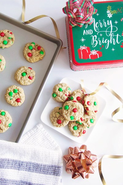Gluten-Free Christmas Oatmeal M&M Cookies