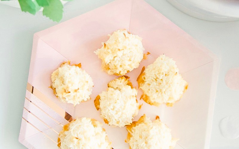 The Easiest Coconut Macaroons You'll Ever Make